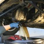 Как правильно заменить масло в двигателе?