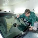 Замена стекол в автомастерской