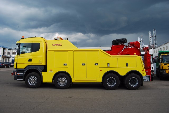 Грузовой-эвакуатор-для-эвакуации-грузовых-автомобилей
